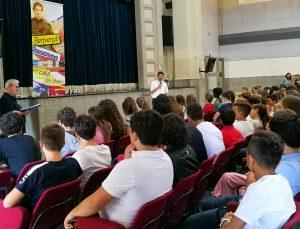 Il saluto di don Marco Aspettati, Direttore di Villa Sora, agli studenti delle classi medie